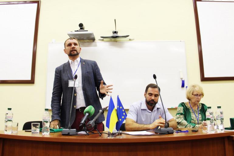 «Виривали з корінням»: у Києві історики розповіли про приховані сторінки депортації українців