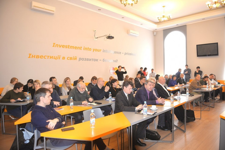 «Зберегти свідчення злочинів режиму»: у Києві дискутували про проблеми збереження і вивчення архівів комуністичних спецслужб