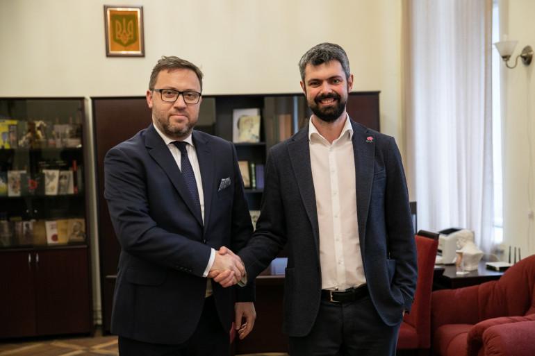 Голова Українського інституту національної пам'яті та Посол Польщі обговорили напрямки співпраці
