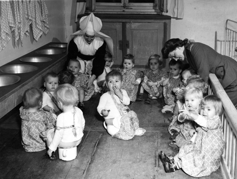 Пошук інформації про дітей українців-остарбайтерів, що перебували у 1944-1946 рр. у дитячому таборі у селищі Маркт Індерсдорф